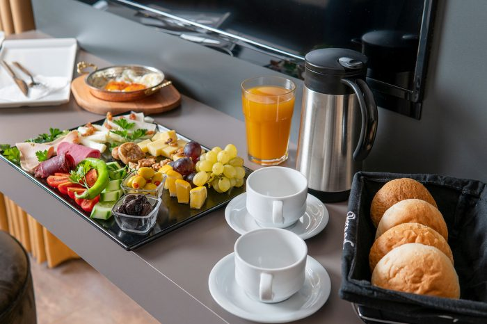 menalo hotels breakfast